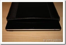 Griffin Elan Sleeve for iPad 2 009
