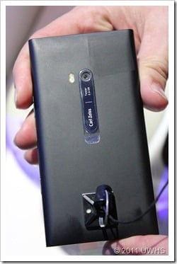 UWHS---Nokia-Lumia-900-at-CES-2012--[18]