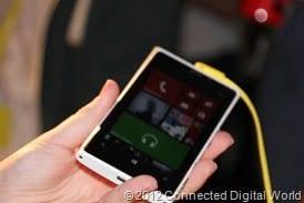 CDW - A look at the Nokia Lumia 920 Windows Phone 8 - 16