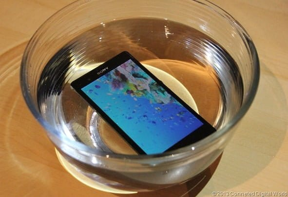 CDW - Sony Xperia Z in water