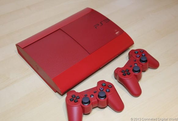 CDW - Hands on with the Red Sony PS3 - 8