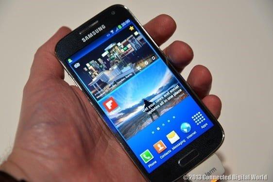 CDW Samsung Galaxy S4 Mini - 4