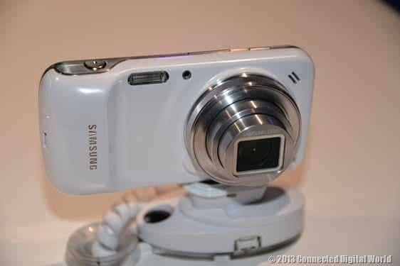 CDW Samsung Galaxy S4 zoom - 11
