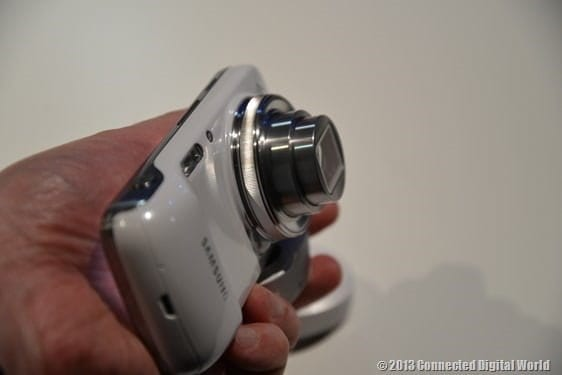 CDW Samsung Galaxy S4 zoom - 16