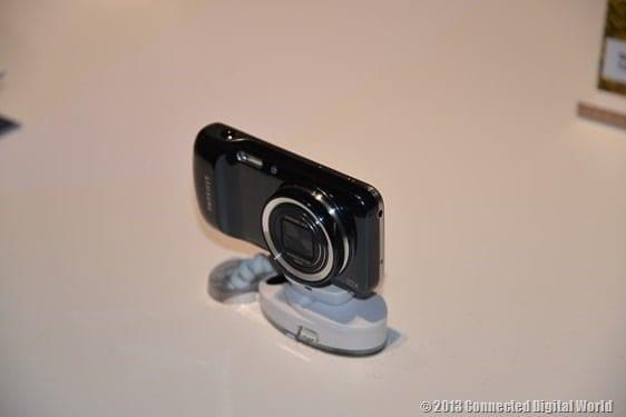 CDW Samsung Galaxy S4 zoom - 2