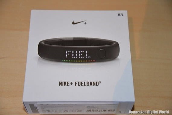 CDW Review Nike  FuelBand SE - 22