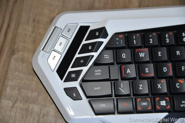 CDW Review Mad Catz STRIKE M Wireless Keyboard - 11